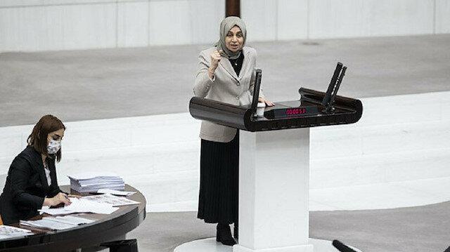 AK Partili Leyla Şahin Usta DHKP-C'yi lanetledi, HDP sıraları ayaklandı