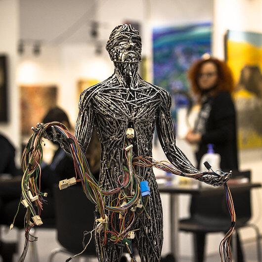 Art lovers enjoy international fair in Turkish capital