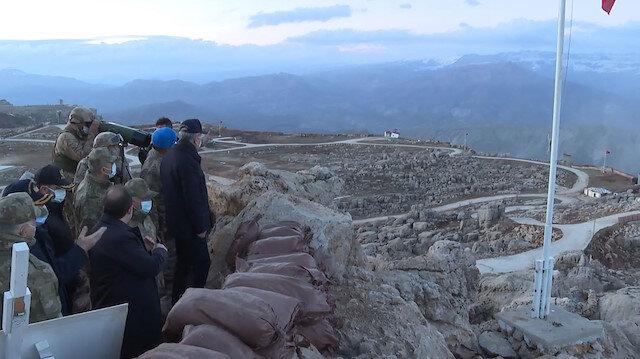 Bakan Akar, Namaz Dağı'nda