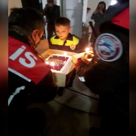 Balıkesir polisinden minik Halile doğum günü sürprizi