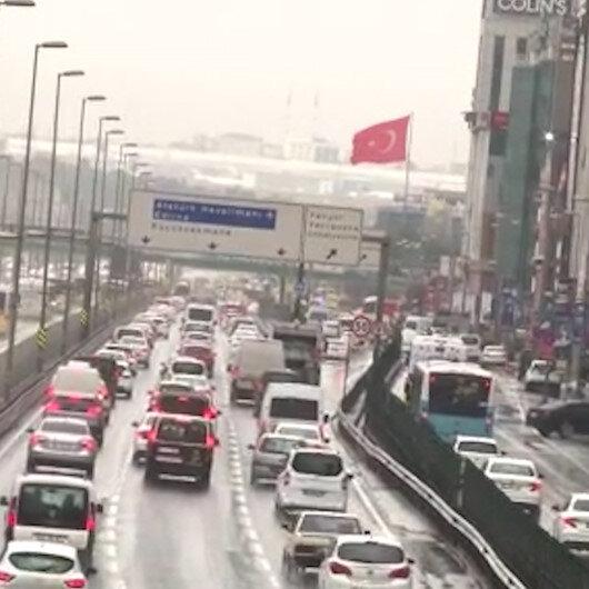 İstanbulda kısıtlama sonrası trafik yüzde 75i aştı