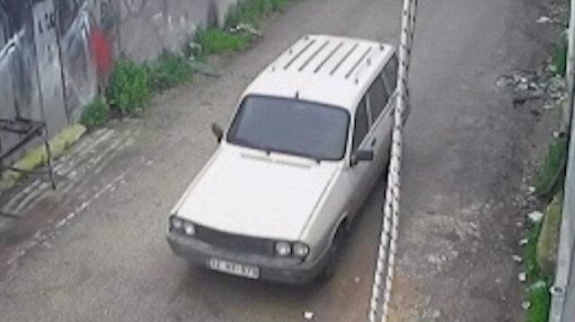 Osmaniye'de park halindeki otomobili saniyeler içinde çaldılar