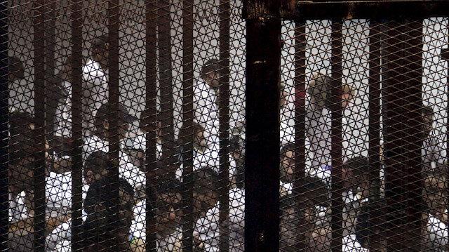 """Mısır'da 51 İhvan üyesi 5 yıllığına """"terör listesine"""" alındı"""