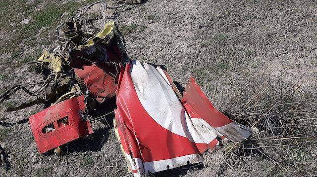 Konya'da Türk Yıldızları'na ait uçak düştü: Pilot şehit oldu