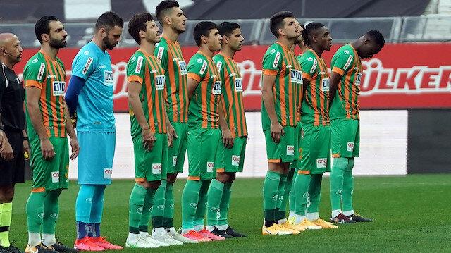 Beşiktaş-Alanyaspor maçında Marafona'dan büyük hata