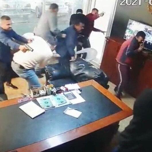 Galerideki kanlı saldırının güvenlik kamerası görüntüleri ortaya çıktı