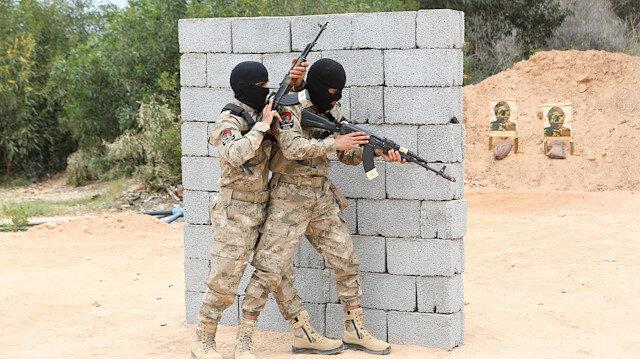 Libya'da Mehmetçiğin eğitim verdiği askeri öğrenciler mezun oldu