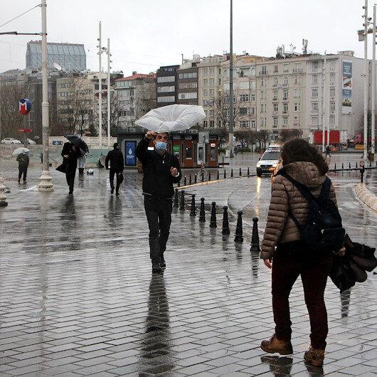İstanbulda sabah saatlerinde yağmur etkili oldu