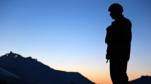 Tel Rıfat bölgesinde 4 terörist etkisiz hale getirildi