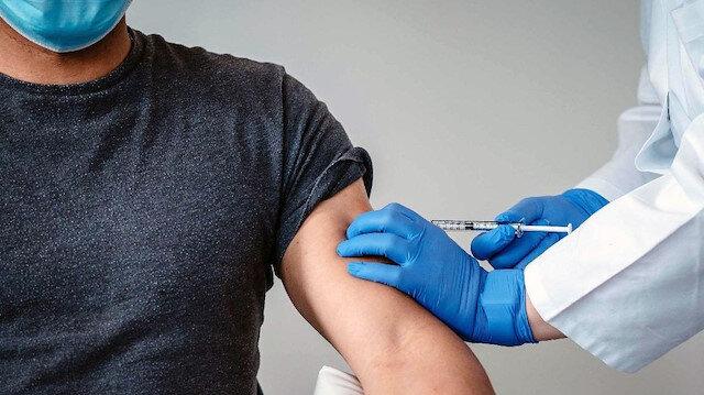 Üç yerli COVID-19 aşısında insan deneylerine başlandı