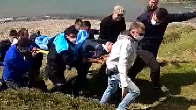 Foça'da eğitim uçağı düştü: Pilotun sağ olarak kurtarılma anları kamerada