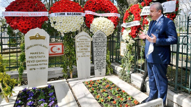 Fevzi Çakmak'ı anma töreninde konuşan TBMM Başkanı Şentop'tan 'bildiri' mesajı: Kayıt dışı siyaset yapmaması tüm zamanlar için ders