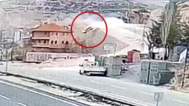 Karaman'da otomobiliyle bahçeye düşen Seycan hemşirenin kaza anı kamerada