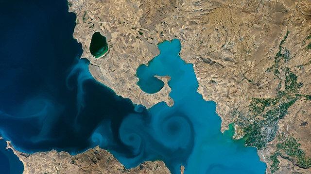 Emine Erdoğan'dan NASA yarışmasındaki Van Gölü fotoğrafına destek çağrısı: Oylar Van Gölü'ne