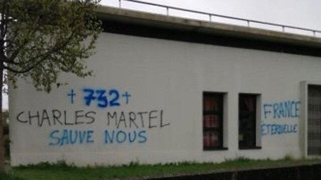 Fransa'nın Rennes kentinde camiye çirkin saldırı: İslam karşıtı yazılar yazıldı