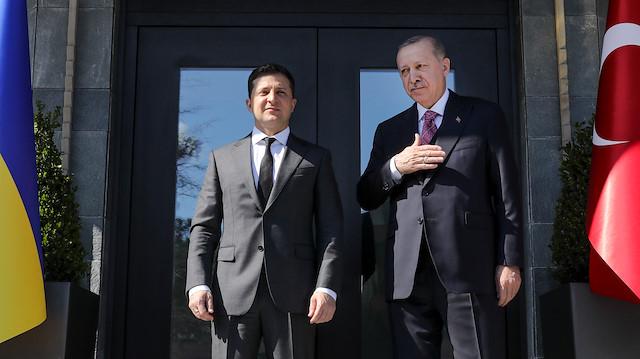 """Zelenskiy'den Erdoğan'a """"Misafirpervelik için teşekkürler"""" mesajı"""