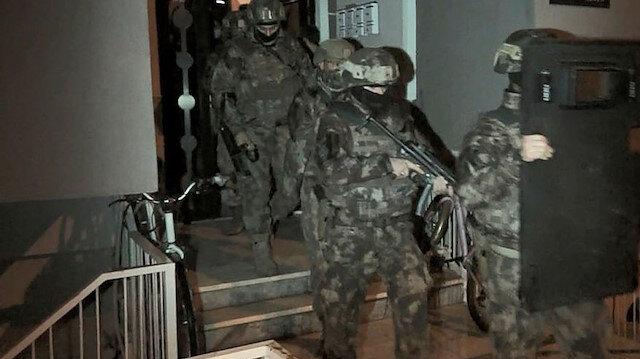 Adana'da FETÖ'nün finansörlerine operasyon