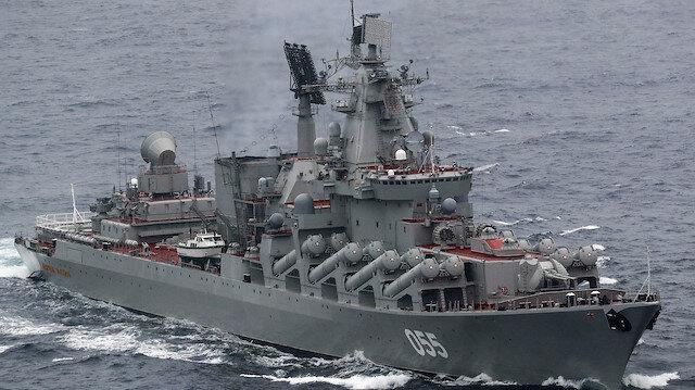 Rusya 15 savaş gemisini Karadeniz'e yönlendirdi