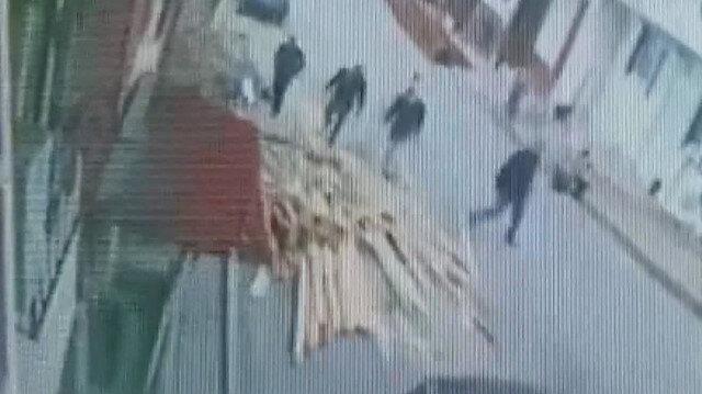 Arnavutköy'de panik anları: Deprem oldu sanıp sokağa döküldüler