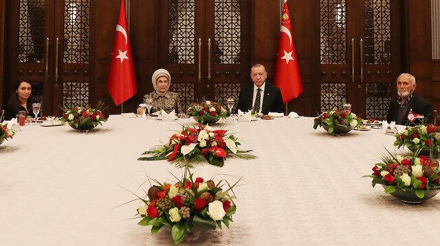 Cumhurbaşkanı Erdoğan ramazanın ilk orucunu şehit yakınlarıyla beraber açtı