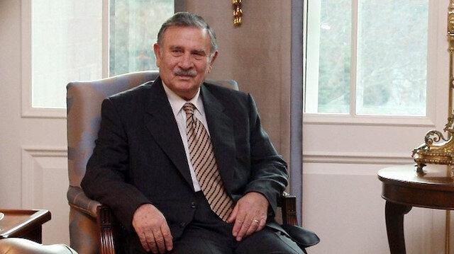 Siyaset dünyasının acı kaybı: Eski başbakan Yıldırım Akbulut hayatını kaybetti