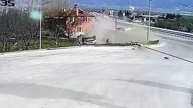 Isparta'da uzman doktorun hayatını kaybettiği feci kaza kamerada