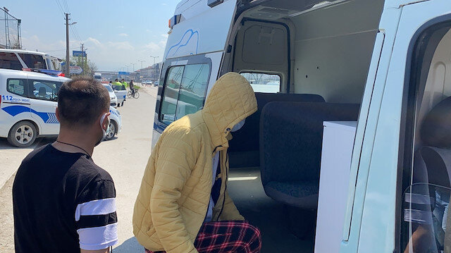 Koronavirüs hastası terleyince yakayı ele verdi: Ambulansla karantina yurduna götürüldü