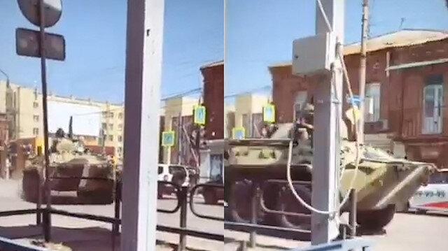 Rusya'dan 53 yıl sonra aynı gözdağı: Tanklara 'savaş boyası' çekildi