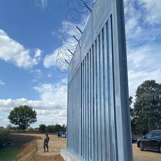 Yunanistan göçmenleri engellemek için duvar örüyor işçilere para ödemiyor: Para yoksa çit de