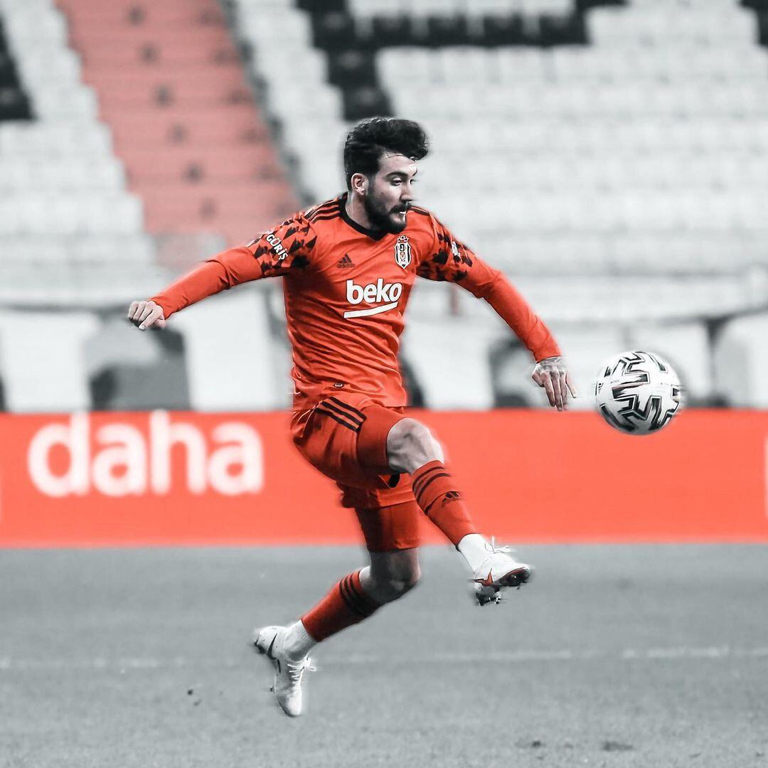 Atakan Üner'in Beşiktaş ile 2024 yılına kadar sözleşmesi bulunuyor.