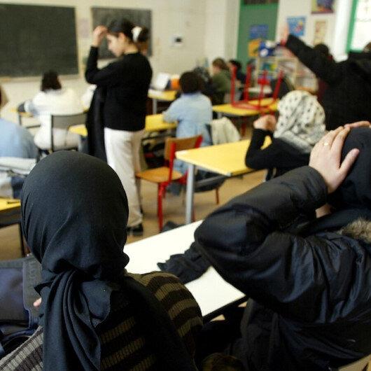 """Müslümanların okullarını """"ayrılıkçılıkla"""" suçlayan Fransa'nın yurt dışında 539 okulu bulunuyor"""