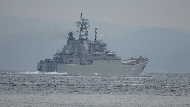 Rusya gemilerini Karadeniz'e çekiyor: İki savaş gemisi Çanakkale'den geçti