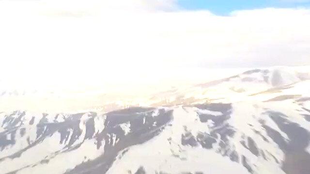 Kahraman pilotlarımızın helikopter kokpitinden çektiği görev uçuşu