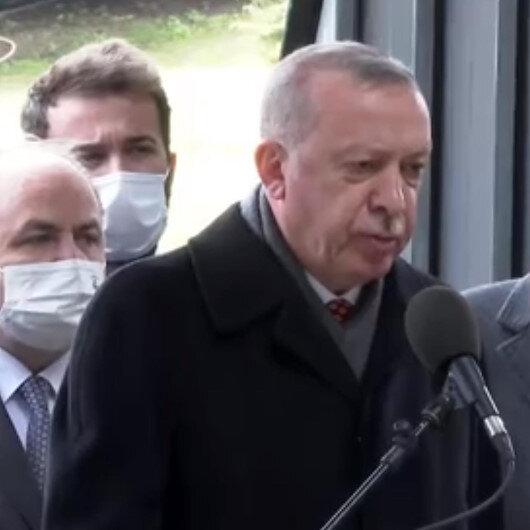 Cumhurbaşkanı Erdoğandan Özalın kabri başında Kuran-ı Kerim tilaveti