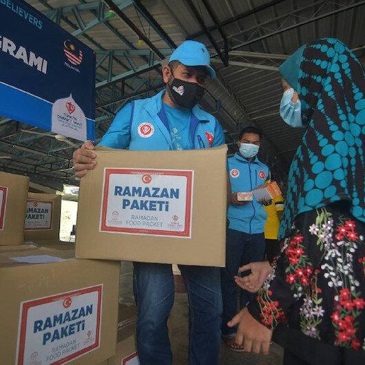 """""""الديانة التركي"""" يرسل مساعدات غذائية للروهنغيا في ماليزيا"""