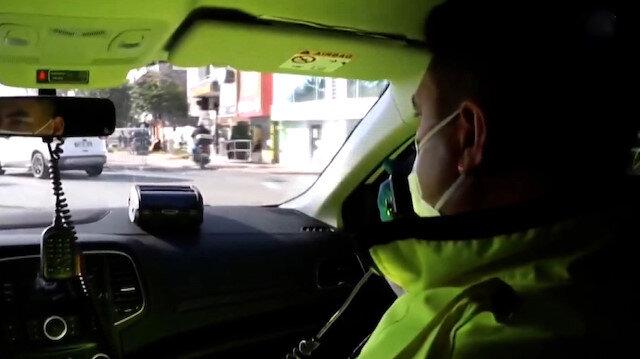 Koronavirüsten ölen trafik polisinin vatandaşı uyardığı görüntüler ortaya çıktı