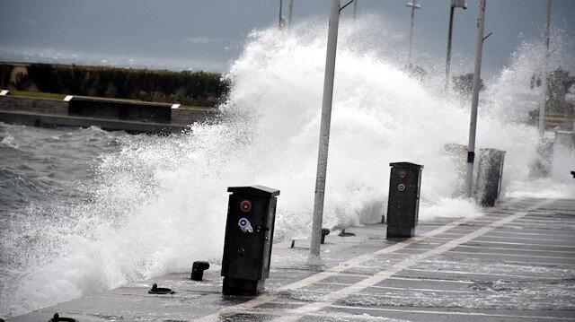 Doğu ve İç Anadolu ile Doğu Karadeniz'de yarın kuvvetli fırtına bekleniyor