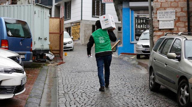 İstanbul'da binlerce aileye kumanya dağıtımı