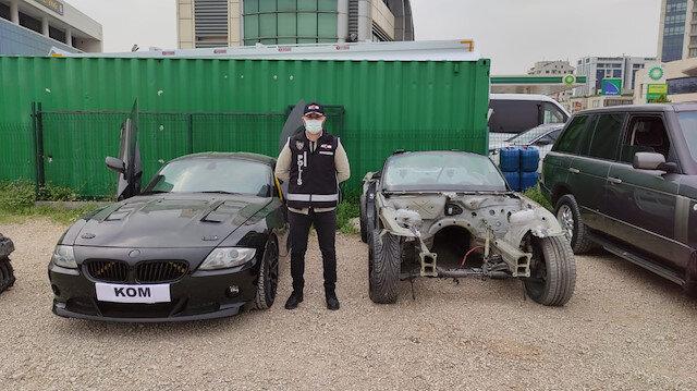 Yurt dışından getirilen araçları parçalayıp kazalı araçlarla birleştirdiler