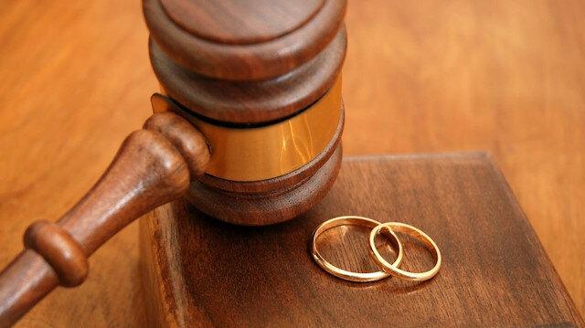 Yargıtay'dan emsal karar: Eşine hakaret eden kadına nafaka yok