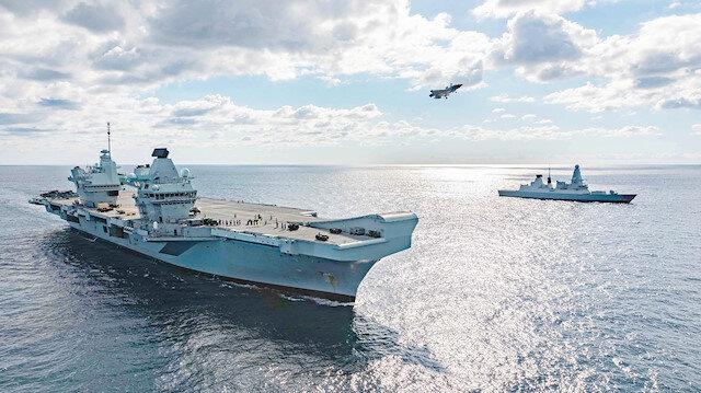 Karadeniz'de İngiliz savaş gemileri