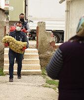 Kaç ton patates ve soğan dağıtıldı