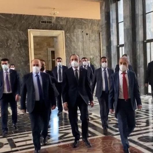 Yeni bakanlar yemin töreni için Meclise geldi
