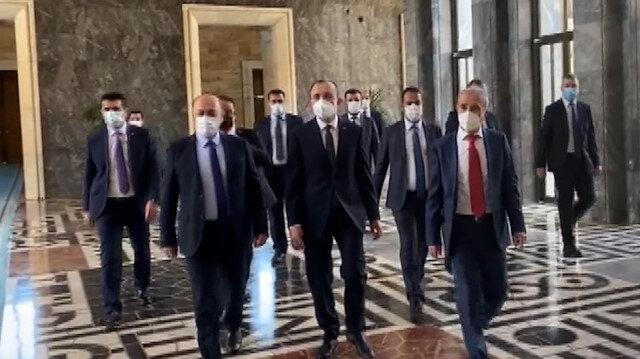 Yeni bakanlar yemin töreni için Meclis'e geldi