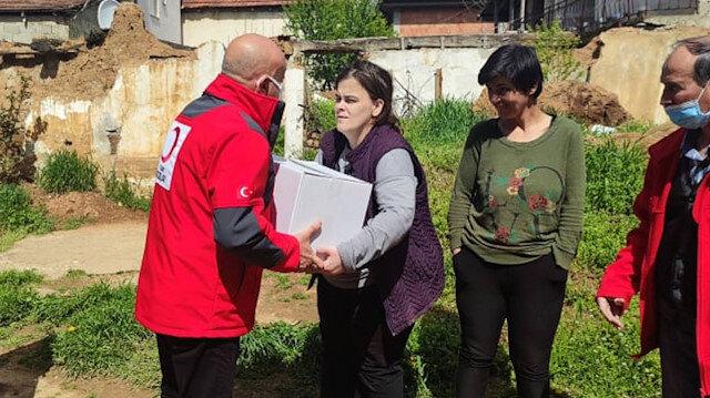 Türk Kızılayından ihtiyaç sahibi Kosovalı ailelere Ramazan yardımı