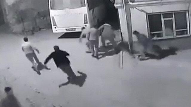 Bursa'da kısıtlamayı ihlal edenlerin jandarmadan kaçtıkları an kamerada
