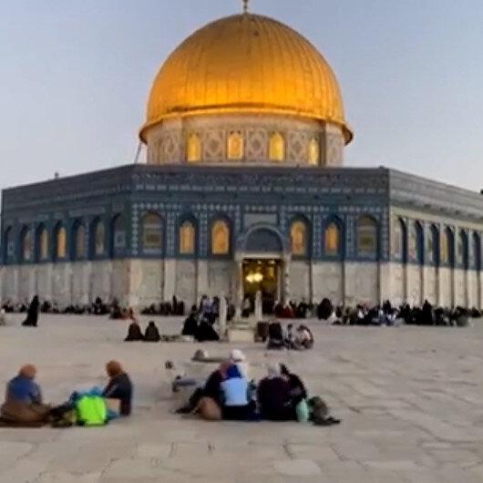 Kudüs halkı Mescid-i Aksanın avlusunda iftar açtı
