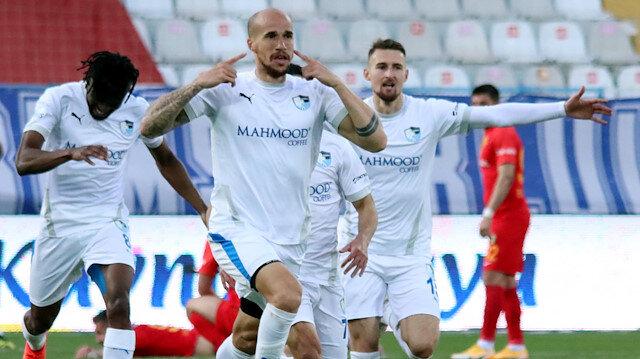 Obertan'dan hayati 3 puan: Uzatmalarda gelen gol Malatya'yı yıktı