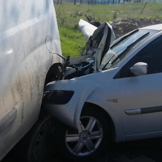 Tekirdağda freni boşalan kamyonet 6 araca çarptı