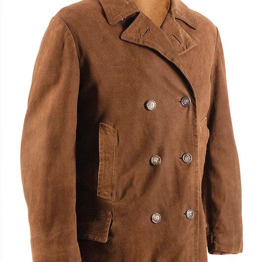 Atatürk'ün güderi ceketi 225 bin dolara satıldı